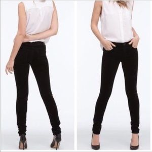 AG | The Legging Super Skinny Black Velvet Pant 25